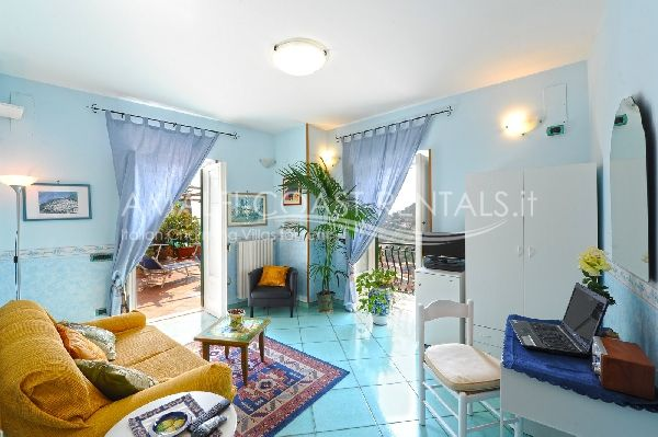 Minori rentals apartment for rent dei sogni amalfi coast for Apartments amalfi