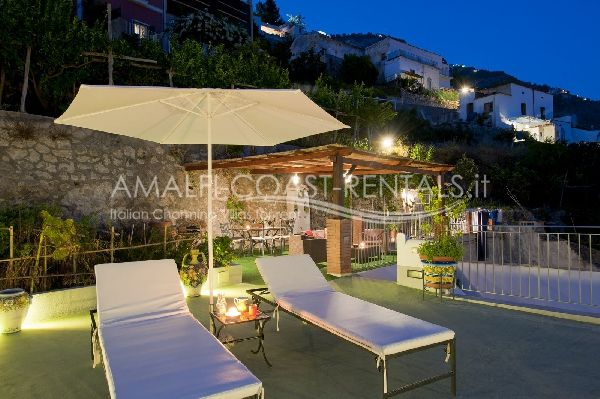 Praiano rentals apartment for rent marinella amalfi coast for Apartments amalfi